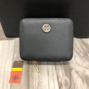 Black Tory Burch Robinson Zip Jewelry Case